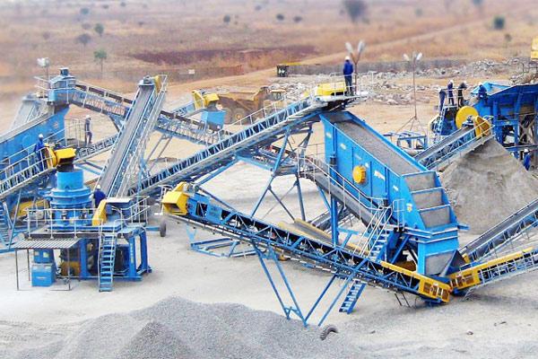 سامان فراز تولید کننده تجهیزات حمل و دانه بندی کانی ها در خطوط خردایش